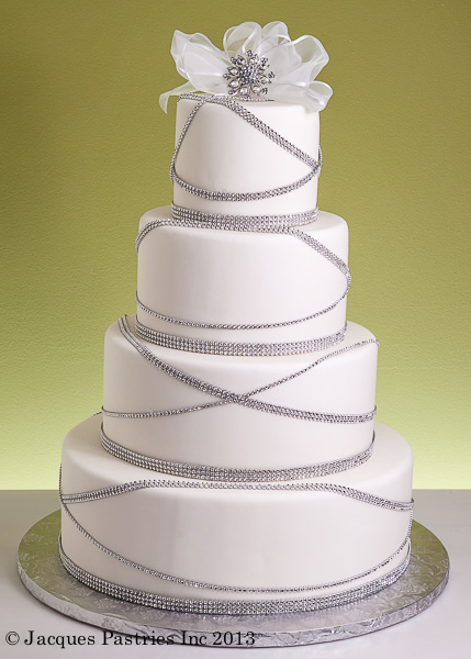 The glitziest cake we've seen!